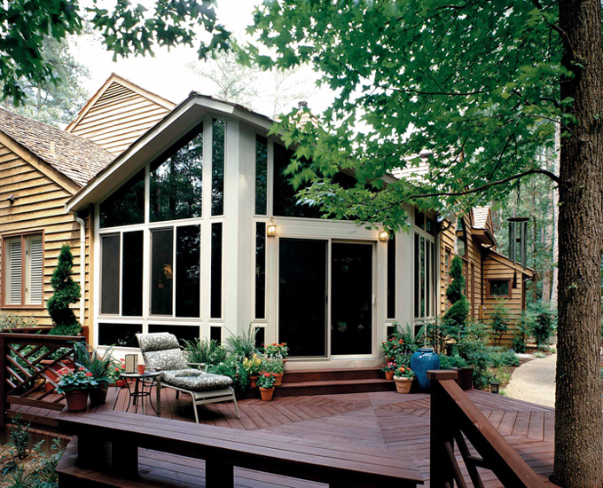 Sunrooms & Glass Rooms